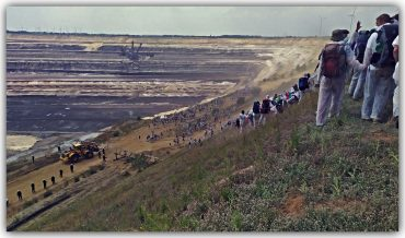 2000 ACTIVISTS TO BLOCK GARZWEILER MINE