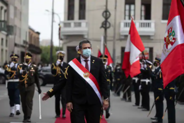 PERÚ: GOLPE DE ESTADO… E REVOLUCIÓN