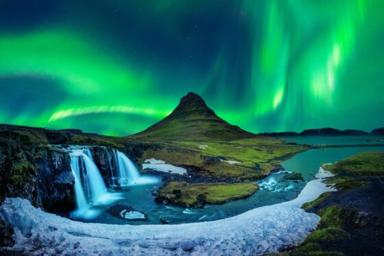 NORTHERN LIGHTS TO FIX CO2?